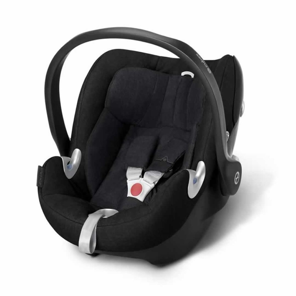 Cybex Cloud Q plus Stardust Black FREE Carseat Arm Cushion